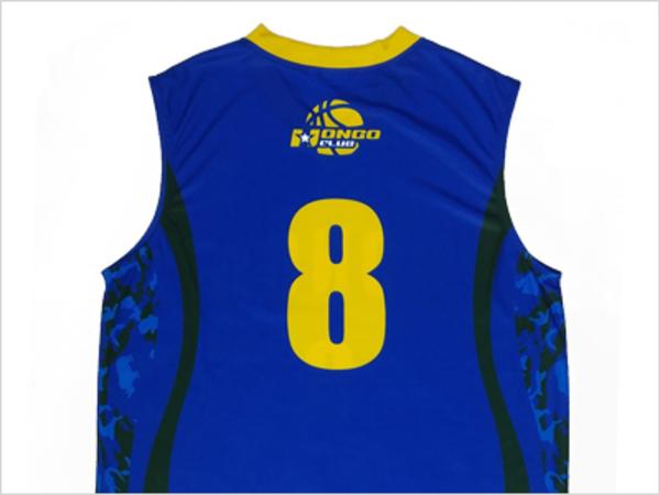 バスケユニフォームの背番号を入れるときのポイントを紹介